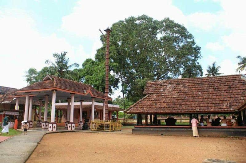 Kaduthuruthy Mahadeva Temple - The legendary temple of Kerala! 2